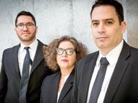 הצוות שהלם בדנקנר. מימין: התובעים עמית בכר, חנה קורין ומאור ברדיצ'בסקי / צילום: שלומי יוסף