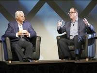 """מייקל דל (מימין) וג'ו טוצ'י. """"ערכים ארגוניים דומים"""" / צילום: EMC"""