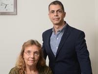 """עורכת דין ד""""ר קטי אלמליח ועורך הדין רון עוזרי / צילום: איל יצהר"""