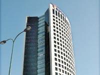 מגדל הוורד שבו יושבים משרדי הפניקס בגבעתיים / צילום: תמר מצפי
