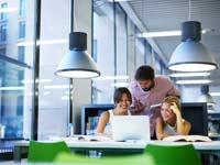 השקעה במשרד בוטיק או מתחם גדול/ צילום:  Shutterstock/ א.ס.א.פ קרייטיב