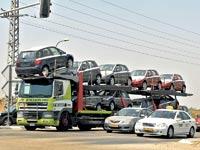 מכוניות חדשות / צילום: תמר מצפי