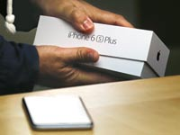 אייפון 6 צילום: רויטרס