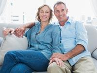 האם בני זוג יכולים לחיות בנפרד ולהיחשב כידועים בציבור?