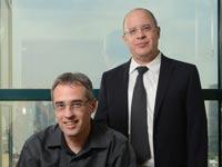עורכי הדין שמואל לשם ואלון רון ממשרד הבוטיק ורד לשם רון / צילום: איל יצהר