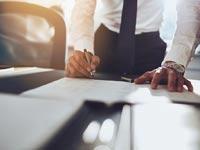 רשם החברות על עיקולי מניות / צילום: Shutterstock א.ס.א.פ קרייטיב