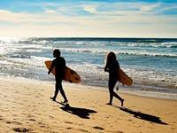 פורטוגל- גלישה/ צילום:  Shutterstock/ א.ס.א.פ קרייטיב