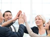 שלושה דורות בעבודה / צילום: Shutterstock א.ס.א.פ קרייטיב