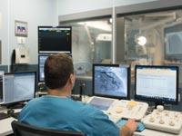 """חדר צנתורים בבית החולים הרצליה מדיקל סנטר  /צילום: יח""""צ"""