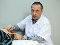 כפיר פוריאן מנהל מרפאת K MEDIC / צילום: דרור סיתהכל