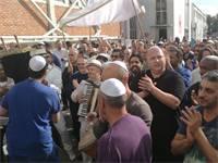 חגיגות הכנסת ספר תורה לבית הכנסת / צילום: גלי וינרב