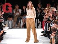 תצוגת אופנה של סטלה מקרטני / צילום: רויטרס - Charles Platiau