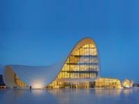 Heydar Aliyev Center, באקו, אזרבייג'ן. צילום: Hufton Crow