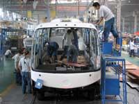 מפעל הייצור של אוטובוס יוטונג / צילום: רויטרס Stringer China ,