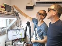 "רני ולינגשטיין (מימין) ודוד בן בסט, Oryx Vision / צילום: יח""צ"