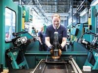 מפעל לייצור משאבות תעשייתיות בהונגריהצילום: בלומברג