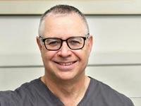 5 מיתוסים על השתלות שיניים והאמת מאחוריהם