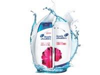 """השמפו החדש. פרוקטר שולטת ב–30% משוק השמפו באמצעות הד אנד שולדרס ופנטן / צילום: יח""""צ"""