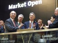 פתיחת המסחר בבורסה הלונדונית/ צילום: רויטרס