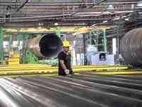מפעל צנורות / צילום: איל יצהר
