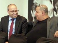 """עמוס לוזון (מימין) ואברהם נובוגרוצקי, מנכ""""ל אפריקה ישראל, היום / צילום: עומרי כהן"""