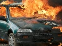 רכב עולה באש / צילום:Shutterstock/ א.ס.א.פ קרייטיב