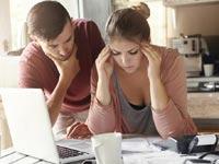 חובות - מה בין ידועים בציבור לזוג נשוי? / צילום: Shutterstock/ א.ס.א.פ קרייטיב
