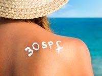 כיצד להגן על העור ולטפח אותו בקיץ הישראלי?