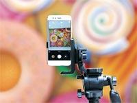 הטלפון Mi A1 של שיאומי / צילום: בלומברג, Anindito Mukherjee