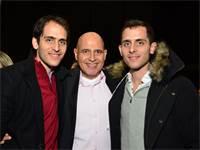 דוד פתאל עם שני ילדיו / צילום: תמר מצפי