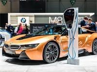BMW חשמלית/ צילום: שאטרסטוק