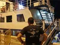 פשיטה על ספינת הימורים / קרדיט: דוברות המשטרה