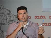 יגאל עזרא / צילום: איל יצהר