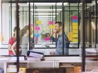 העבודה במתחמי משרדים מעניקה יתרונות רבים/צילום: Shutterstock/ א.ס.א.פ קרייטיב