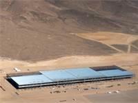 מפעל לייצור סוללות של טסלה, ג'יגה פקטורי / צילום: ג'יימס גלובר