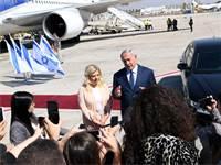 """בנימין ושרה נתניהו לפני הטיסה לעצרת האו""""ם בארה""""ב / צילום: אבי אוחיון, לע""""מ"""