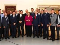 אנגלה מרקל, בנימין נתניהו ושרים מהממשלה הישראלית והגרמנית במפגש היעדר נשים / צילום: הרשות לחדשנות