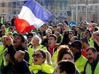 מחאות האפודים הזוהרים בצרפת / קרדיט צילום:  רויטרס Jean-Paul Pelissier