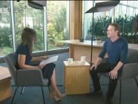 צילום מסך מראיון של מארק צוקרברג ולורי סיגל מ- CNN Business