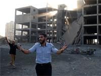 בניין בעזה לאחר תקיפת חיל האוויר / רויטרס