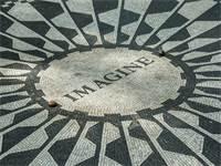 כיכר הזיכרון בניו יורק לזכר ג'ון לנון / צילום: שאטרסטוק