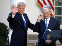 "יו""ר הפד פאואל  ודונלד טראמפ./ צילום: רויטרס Carlos Barria"