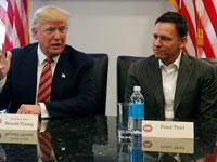 פיטר ת'יל עם דונלד טראמפ / צילום: Reuters, Shannon Stapleton