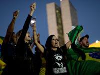 הפגנת תמיכה בשביתת נהגי המשאיות בברזיל /צילום: רויטרס     Ueslei Marcelino
