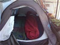 אוהל להשכרה בברלין / צילום מסך מטוויטר