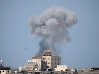 חיל האוויר תוקף מטרות טרור בעזה /רויטרס, Suhaib Salem