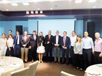 """משלחת חברי הפרלמנט האירופי בפגישה עם אנדרס המברגר, מנכ""""ל מאסטרקארד ישראל/ צילום: יחצ"""