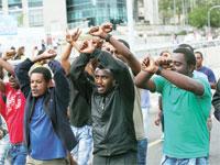 יוצאי אתיופיה מפגינים נגד ההפליה ב– 2015/ צילום: שלומי יוסף