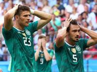 שחקני נבחרת גרמניה בסוף המשחק מול דרום קוריאה/  צילום: רויטרס,Michael Dalder