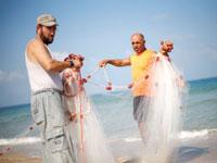 דייגים פלסטינים בצפון הרצועה / צילום: רויטרס